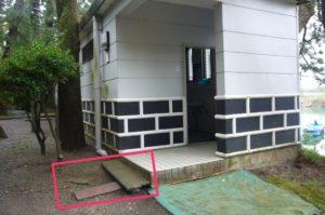 治水神社の公衆トイレ