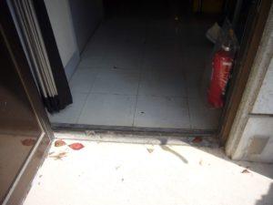 1階展示室に通じる出入口