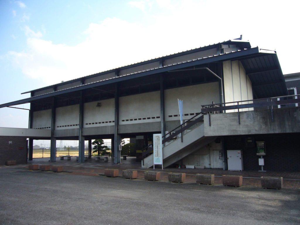 大垣市歴史民族資料館の全景