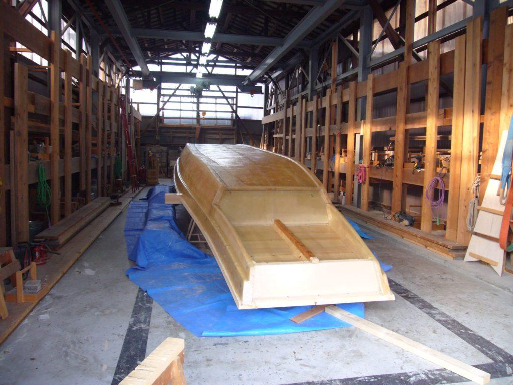 新しく造船中の鵜飼観覧船