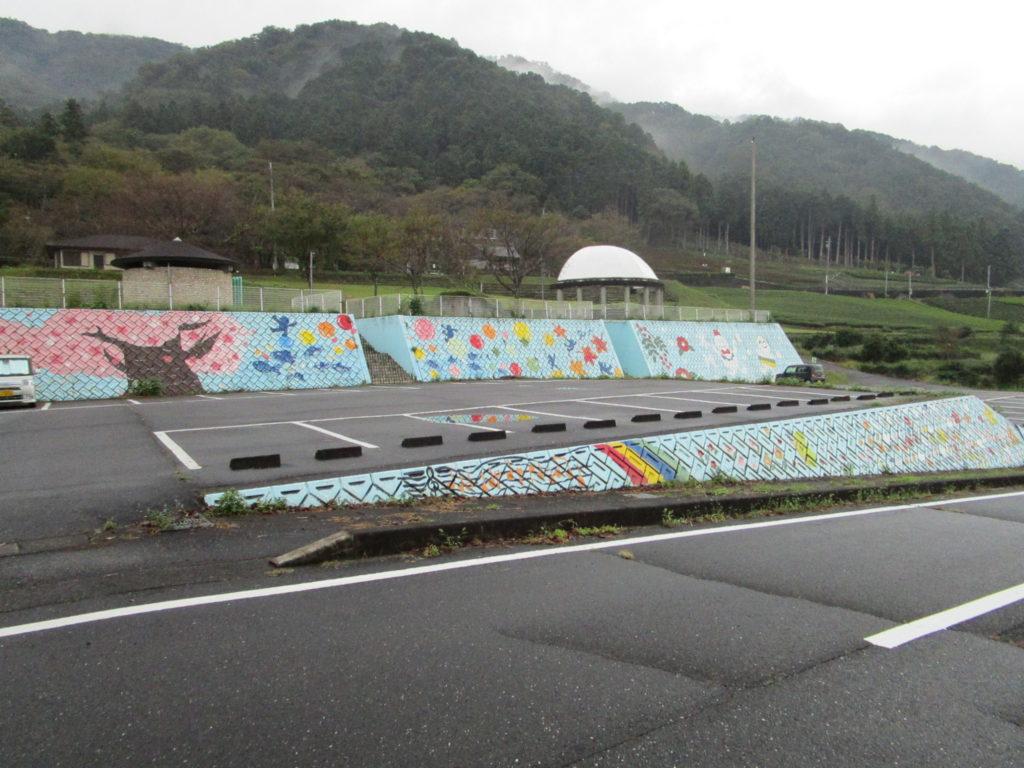 霞間ヶ渓公園の大駐車場